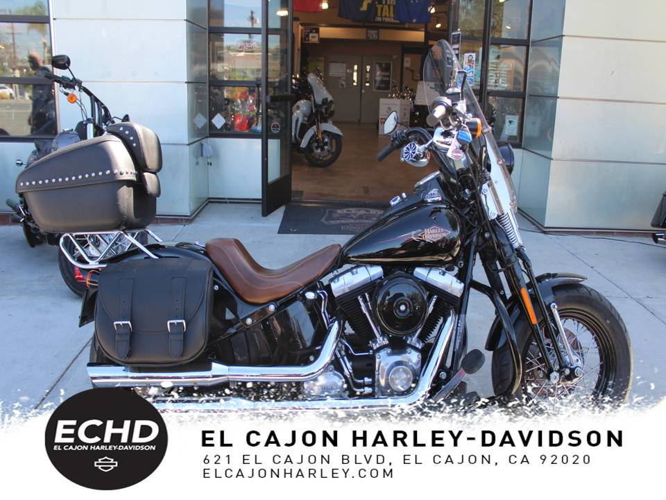 Pre-Owned 2011 Harley-Davidson Cross Bones